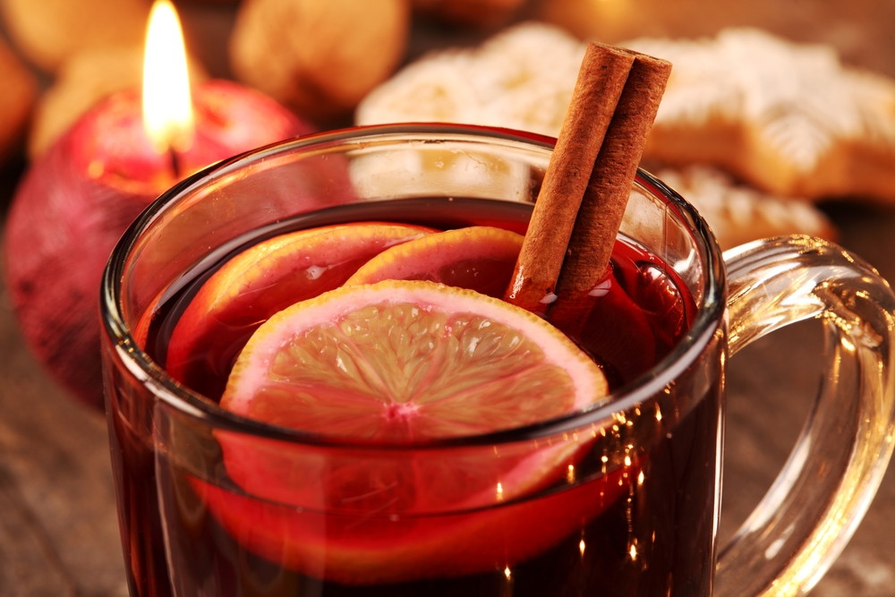 Mulled wine, vin chaud , glühwein or to put it simple – hot wine ...