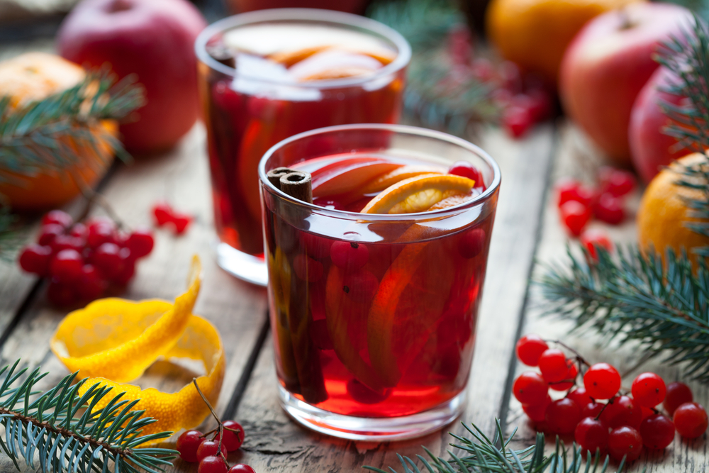 Christmas Sangria.The Ultimate Christmas Sangria Recipe Letitwine